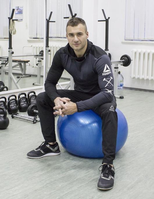 Персональный тренер по фитнесу