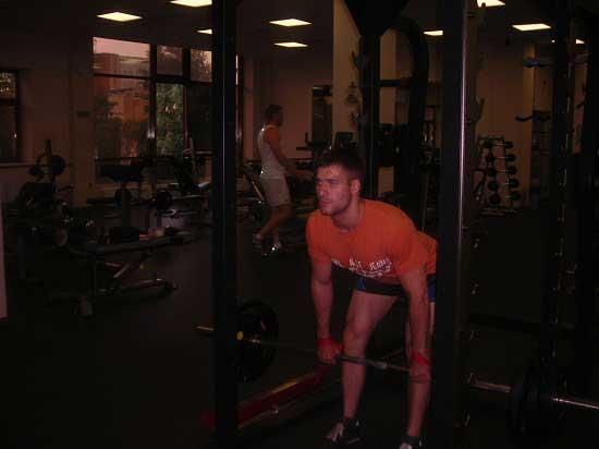 Крепкие мышцы. румынская становая тяга
